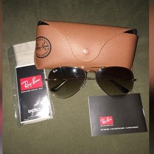 Women Ray Ban Sunglasses.